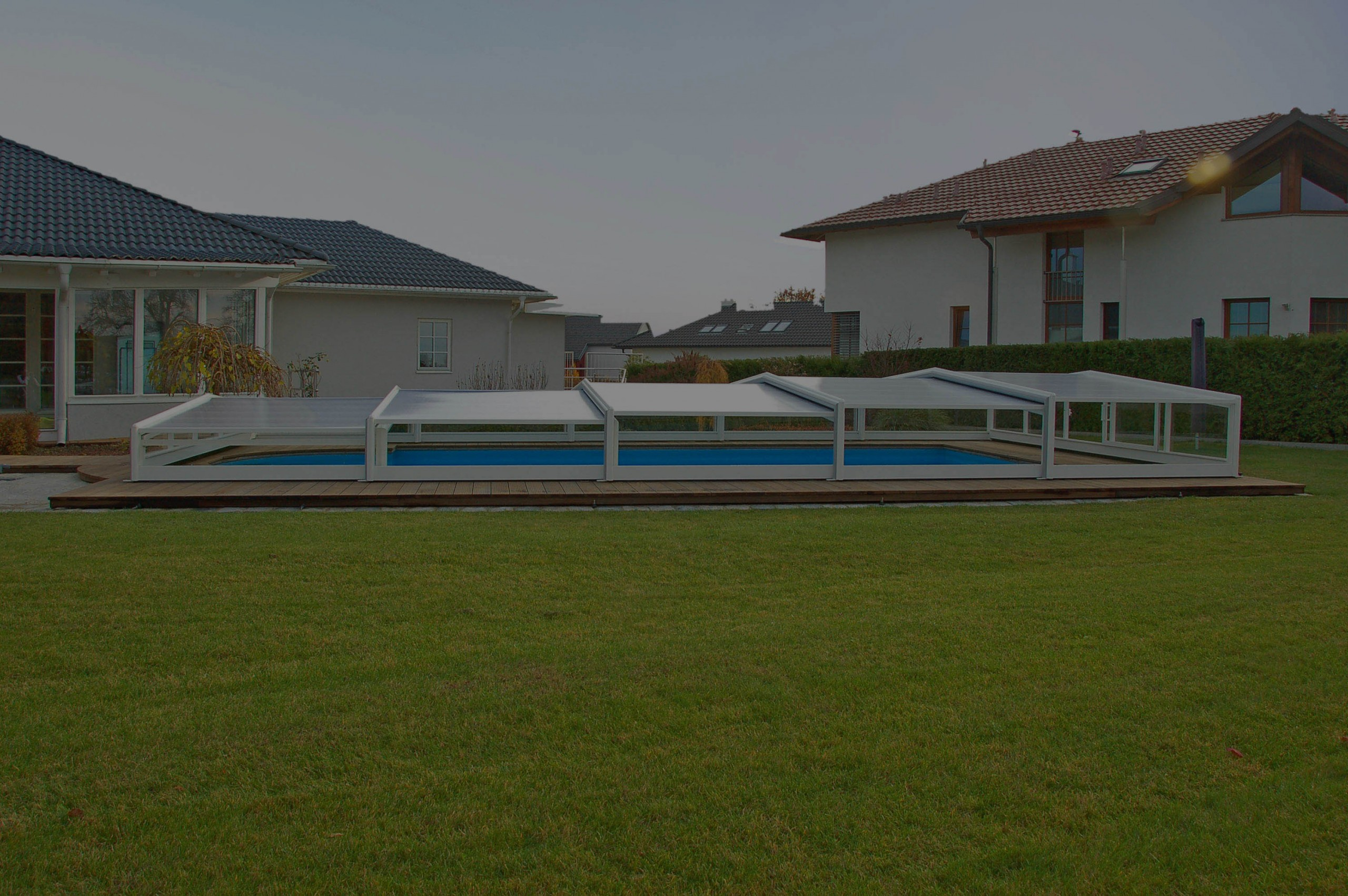couverture piscine automatique - abris bas 3 angles(maroc)